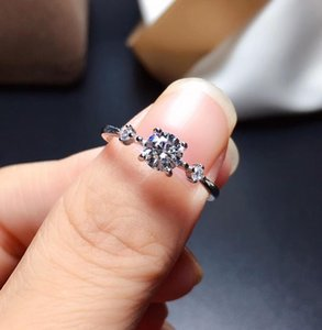 Moissanite rings color D VVS1 .GRA and CMA certificate. Black card 925silver Simple lady J0112