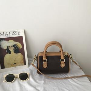 مصغرة بوسطن أكياس قماش حقيقية سيدة جلد رسول حقيبة محفظة الهاتف الأزياء حقيبة حقيبة نانو سادة الكتف حقيبة يد