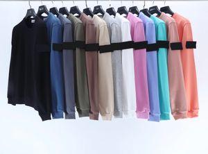 2020 hombres de la camiseta de calle de la moda jersey de cuello redondo de alta calidad importados de tela de algodón Brazo decoración insignia bordada puente tamaño asiático