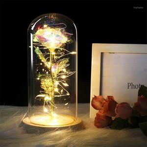 Dekoratif Çiçekler Çelenk Yapay Gül Cam Kubbada LED Dize Işık Ile LED Dize Işık üzerinde Ahşap Baz Romantik Hediye Kadınlar Kızlar için USB / Pil PO
