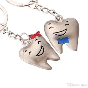 Wholesale Lovely Metal Mini Tooth Keyring Unisex Bag Car Key Chain Accessories Gift 2 Colors Smile Teeth Pendant Keychain DHF2823