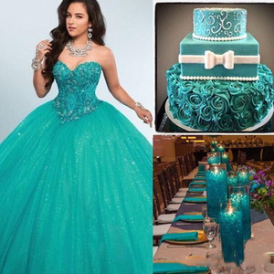 2020 Verde vestido de baile Quinceanera Dresses Querida Cristal Beaded Tulle Andar de comprimento Corset Masquerade plus size doces vestidos Dezasseis