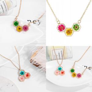 Résine de fleur séchée femme collier bijoux bijoux nid d'abeille plaqué or dame pendentifs colliers colliers collier chaîne 5 1cn J2B