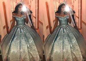 Stunning Sequined Off Shoulder Ombre Cheap 2021 Quinceanera Prom dresses Ball Gown Cap Short Sleeve Gradiant Sweet 15 16 Party Formal Dress