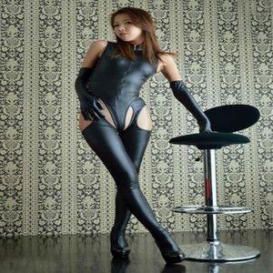Pelle Nightclub Patent Sexy Lingerie nera tuta Quattro schierò Aprire Pantaloni in pelle Tuta Suit con i guanti insieme delle 2 parti Donne