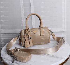 2021 Moda Ombro de Alta Qualidade Nylon Handbags Carteira Mulheres Sacos Cross Body Luxurys Hobo Designers Ombro Bolsa Messenger Travesseiro Bolsa