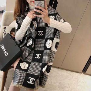 Wholesale Fashion Luxurys Silk Scarf Pashmina for Women Designer Summer Scarf Women Long Shawl Wrap 180x65cm