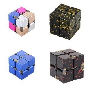 LLDGG Hot Infinite 큐브 큐브 플레이 Rubik의 참신 큐브 아동 교육 부모 금속 및 Rubik의 대화 형 운동 알루미늄 합금