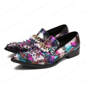 Смешанные Шипы и цепи перлы Мокасины Мужские Свадебные платья партии Flats Handcrafted Курительные тапочка обувь
