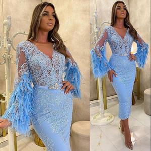 2021 Neue Himmel Blau Arabisch ASO EBI Kurzschlusskleider Lange Ärmel Spitze Appliques Feder Tee Länge Abendkleider für Mädchen Cocktailkleid
