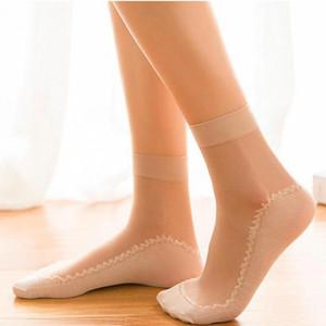 Sexy Spitze-Ineinander greifen Netzs Socken Transparent Stretch Elastizität Lustige Knöchelglas Socken Nettogarn Dünne Frauen kühlen Glänzendes Seiden-Socken