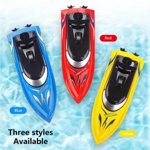Venta caliente 2.4g Radio Control remoto Twin Motor Barco de alta velocidad Al aire libre Mini RC Rac Racing Boat Modelo Niño Regalo Verano Agua Juguetes