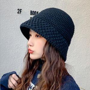Kış Lüks Tasarımcı Hip Hop Günlük Yün Şapka Moda Cimri Brim Şapkalar Sonbahar Nefes Açık kasketleri Kadınlar Cap Isınma