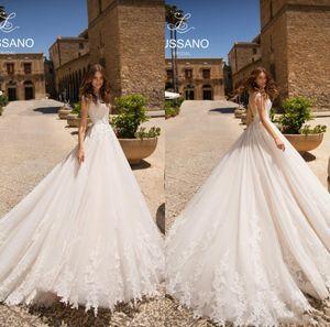 2021 New Beach Boho Wedding Dresses 3D Lace Appliques Jewel Neck A Line Bridal Gowns Cap Sleeves Sweep Train Vestidos De Novia AL7329