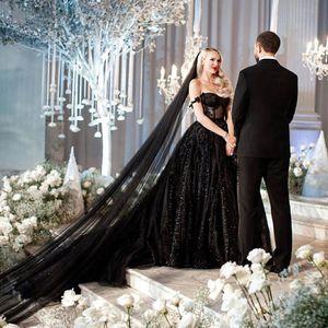 Nuevos vestidos de novia gótico Negro 2021 Vestidos de novia apliques Vintage atractivo del hombro brillante de las lentejuelas largo del cordón de tren vestido de invierno retro
