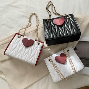 Bambini Amore Cuori Borsa San Valentino Girls Ragazze Trapunted Messenger Bag Designer Donne Catena in metallo Una borsa a tracolla A5531