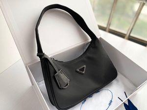 Best Women's Re-edition 2000 tote Nylon leather fashion 5a Shoulder Bag Luxury Designer Women's Shoulder Bag Crossbody Bags Handbag mini bag