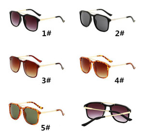 Designer Sunglasses Luxury Eyeglasses Outdoor Shades Metal Frame Fashion Classic Lady Luxury Sunglasses Mirrors for Women 0321