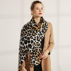 Wholesale-High-end Gifts for American and European Street Fashion Designers, Scarves and Ladies in Autumn 2019