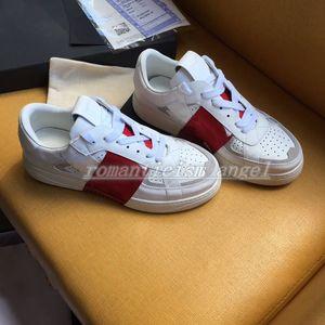 Valentino shoes 2020 Los mejores zapatos de la plataforma italiana de los nuevos hombres de la moda y zapatillas de deporte abiertas para mujer zapatos casuales con rayas