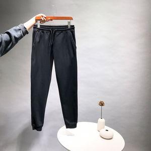 Fashion Mens stylist Pants Mens High Quality stylist Trousers Men Women Winter Warm Casual Sports Jogger Pantsstylist