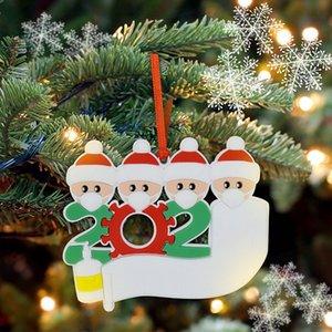 Ornements de quarantaine de Noël pour la famille noire blanc Survivor famille de 2-7 Accrocher Décoration bonhomme de neige Pendentif avec masque visage Désinfectant pour les mains