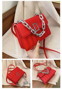 Small Hip Hop Pack Shoulder Bag Metallic Polyester Alloy Chains Stylish Belt Bags Handbags For Girls Womans Leather Handbags Kvcdk