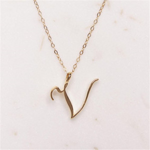 10pcs Mom love Cursive Name -V English Alphabet Family friend Letters Sign Word Chain Necklaces Tiny Initial Letter pendant jewelry