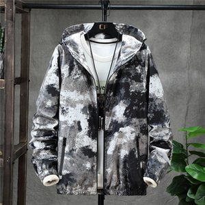 2021 The New Male Spring Soft Shell Hood Hazardous Open-air Streetwear Jacket with Hoodie C2nn
