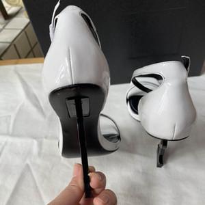 Hot Sael nouveau diamant Sandales mode femme sandalsFashion Bohême Chaussons Femme Flats Flip Flops Chaussures Summer Beach Sandals35-41