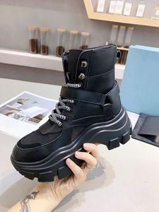 Prada boots حزام المرأة نحى الرايات الجلود والنايلون الأحذية الكاحل القتالية الأحذية، حقيبة نايلون انفصال، 55 ملم المطاط فقي الوحيد
