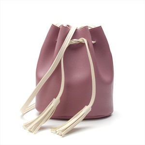 2020 Fashion Women Shoulder Bucket Bag Teenage Girls Small Handbags With Tassel Mobile Phone Pouch Crossbody Messenger Bag Lady