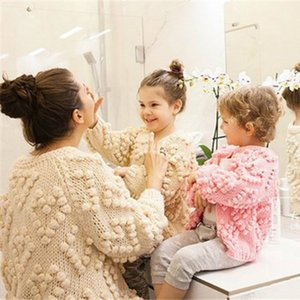 Family Matching Mother and Handmade Sweaters Cardigan Mom Daughter Warm Sweater Outwear Coats Kintwear Outfits LJ201112