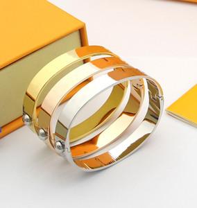 Pulseiras de ouro de venda quente pulseira de alta qualidade Pulseira de aço de titânio personalidade simples para casais braceletes Fornecimento de moda