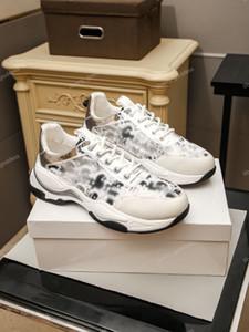Derniers chaussures pour hommes Nouvelles Sneakers Mode Luxe Hommes Sports Sports Chaussures Homme Marque Entraîneurs en plein air Tennis Loisirs Chaussures de sport Taille 38-45
