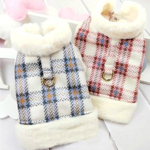 Autumn and Winter Fragrance Style Dog Vest Cute Plaid Dog Clothes Princess Two Feet Warm Winter Pet Clothing Chihuahua Coats