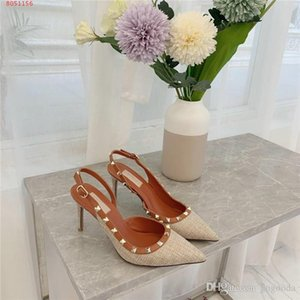 The new womens spring summer breathable woven pointed toe Back air stiletto sandals rivetted low-cut sandals