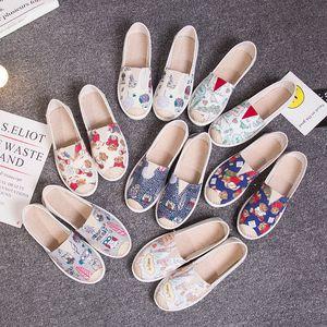 Осень Мокасины эспадрильи граффити Комфорт плоские платформы Creepers Скольжение на женщин Обувь Женская обувь 1020