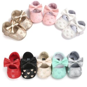 Infant PU Leather Baby Shoes Boy Girl Baby Moccasins Moccs Shoes Bow Fringe Soft Soled Non-slip Footwear Heart Crib