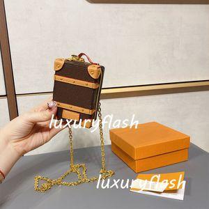 Designer lussurys carino mini borse a tracolla con tronco morbido zaino portachiavi in pelle vintage catena a catena borsa marrone vecchio fiore lettera borse
