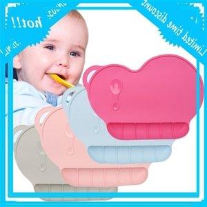 Niño niño siliconas antideslizante Portátil Portátil Diner Servia 4 Color Mat Safe Safe No Toxic Calzado Nuevo 2020