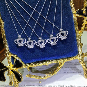 2020 New Arrival Sparkling Luxury Jewelry 925 Sterling Silver Crown Pendant Princess Cut White Topaz CZ Diamond Gemstones Clavicle Necklace