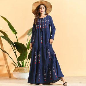 Siskakia Pleated Embroidered Bohemian long dress Fashion Arab Muslim Women's Maxi Robe Dress Long Sleeve Swing Ethnic Clothing LJ200909