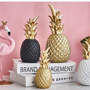 Criativa Resina Golden Pineapple em forma de estatueta Sala Wine Cabinet janela do desktop Ornamento Início Tabela Decoração Artesanato