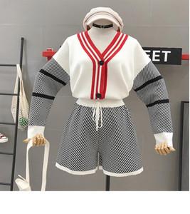Cyanlee Kadınlar Örgü Çizgili Ceketler + Şort Setleri Uzun Kollu V Boyun Tek Göğüslü Süveter Coats Kısa Pantolon Kadın Için Suits