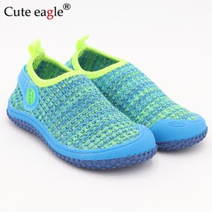 Netter Adler-Baby-Mädchen Schuhe Kinder beiläufige Turnschuh-Süßigkeit-Farben-Cut-outs Baumwollgewebe atmungsaktive Soft Kind-Jungen-Mädchen-Schuhe 1006