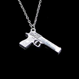 Mode 45 * 20 mm Gun pistolet Browning Pendentif Collier Lien chaîne pour les bijoux Creative Femme Collier ras du cou partie cadeau