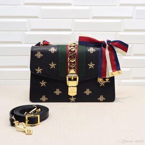 2020 NEW3 Классический 524405 25.5..16.5..8cm моды рюкзак женщина мужчина лучше женской сумки плеча сумки essenger Crossbody Free Shiping