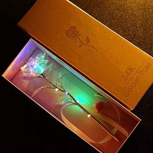 Bunte leuchtende Rose Künstliche LED-Licht-Blumen-Geschenk Mädchen-Liebe Luminous Rose Weihnachten Anniversary Gift Dia De La Madre