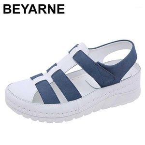 Beyarne Yeni Tasarımcılar Spor Sandalet Kama Kadınlar Kadın Sandalet Açık Serin Platformu Ayakkabı Kadın Plaj Yaz Ayakkabı Bayanlar1